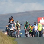 The lead group reaches the top (RW)